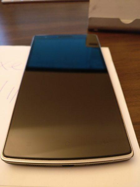 Segapotoa <del>salgai</del>: OnePlus One 64Gb Sandstone Black 13