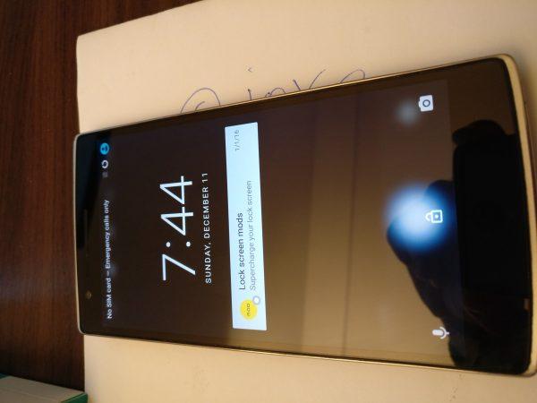 Segapotoa <del>salgai</del>: OnePlus One 64Gb Sandstone Black 7